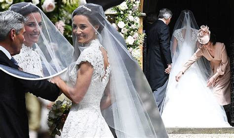 Pippa Middleton wedding   Kate fixes dress at St Mark's