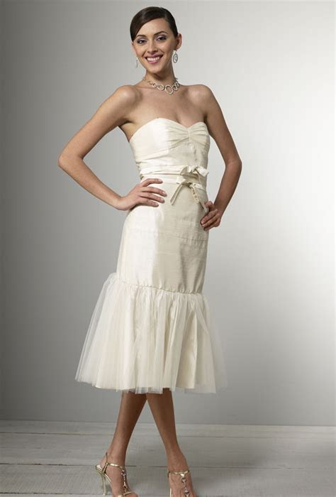 Simple Short Wedding Dresses   Styles of Wedding Dresses