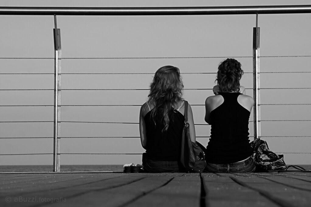 mirant l'horitzó: confidències al final del pont