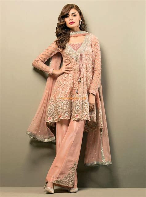 926 best ideas about Formal dresses on Pinterest   Mahira