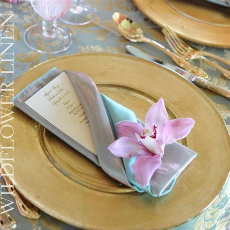lovely napkin fold with menu card   Event Styling