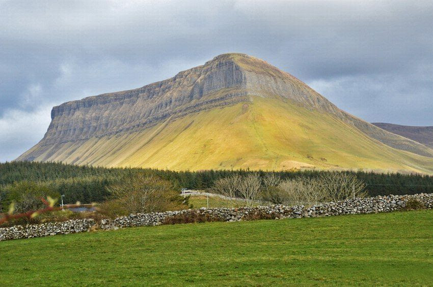 photo benbulben_zpshyep8s1w.jpg