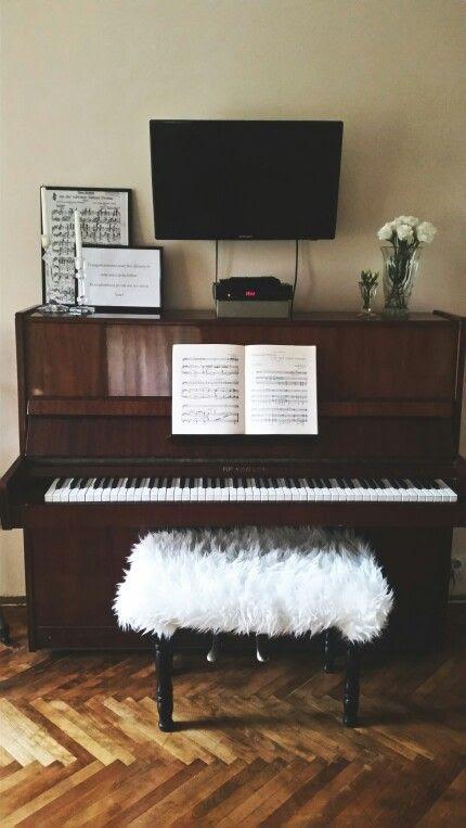 Piano Living Room Ikea Fur Prints White Roses Tv Wall Piano Living Rooms Black
