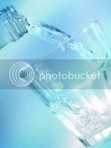 minum air mineral