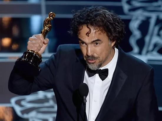 Alejandro Gonzalez Inarritu ganhou prêmio de Melhor Diretor e Melhor Filme com Birdman