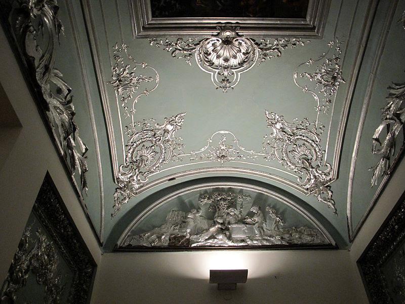 Palazzo brancaccio, dressing 01.jpg