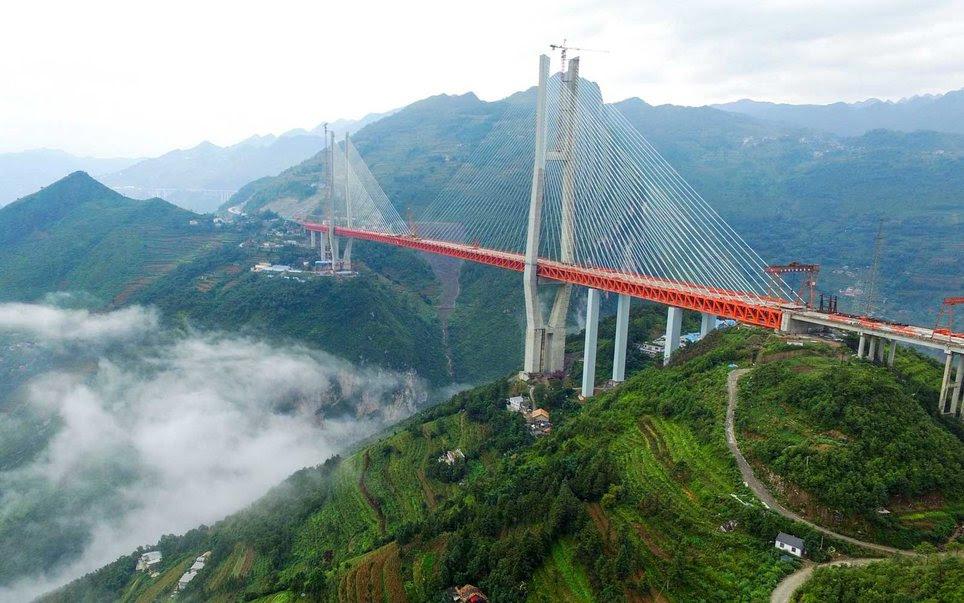 perierga.gr - Τα ψηλότερα σημεία στη Γη!