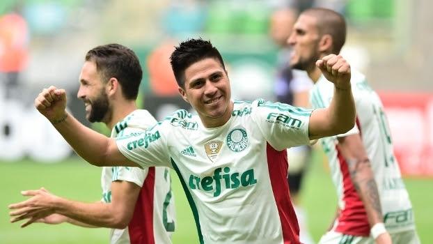Cristaldo comemora gol na vitória do Palmeiras sobre o Capivariano