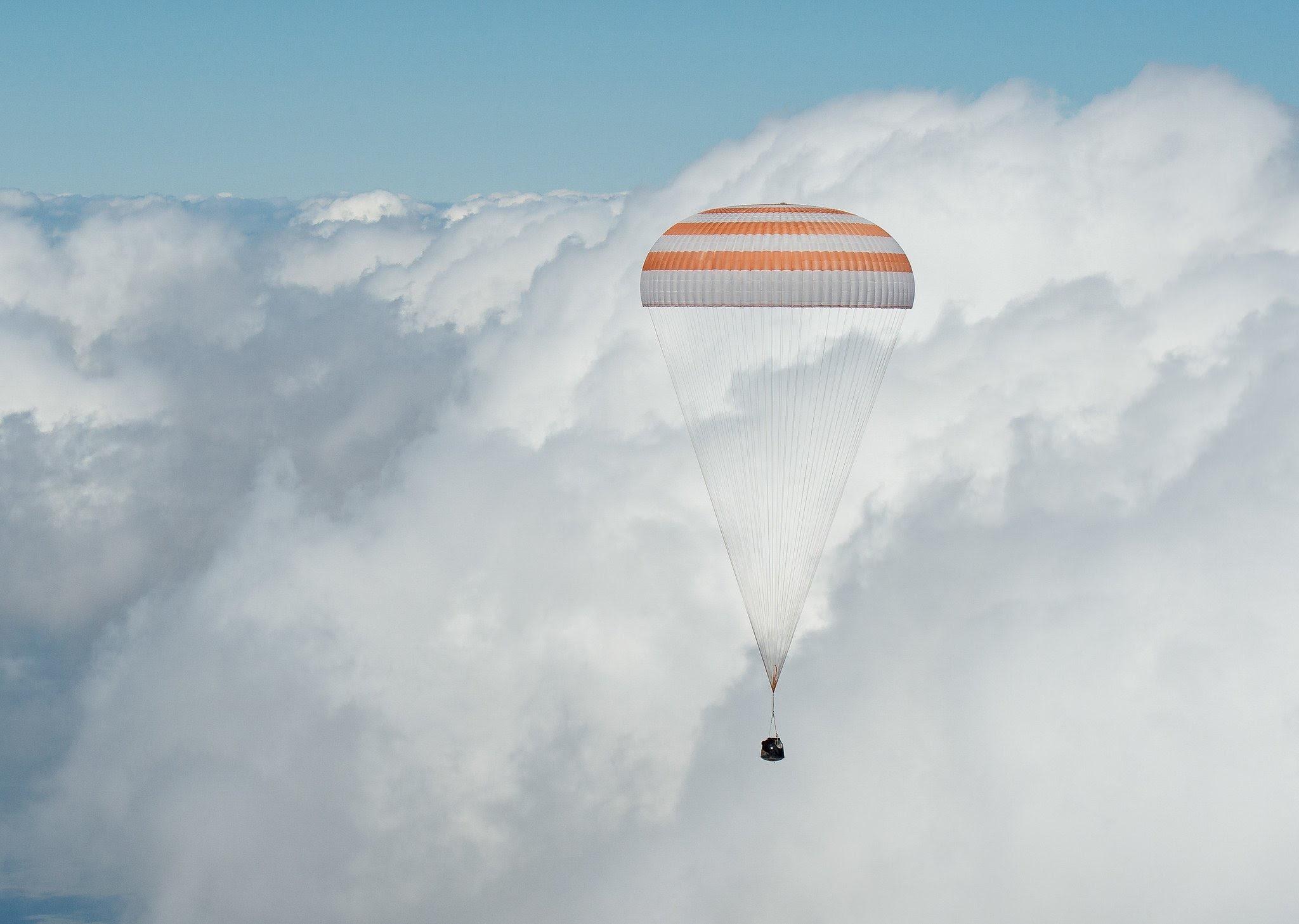 Jun18-2016-SoyuzTMA-19M-in-clouds