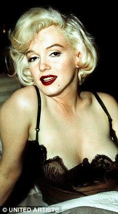Kendra Wilkinson sex páska video