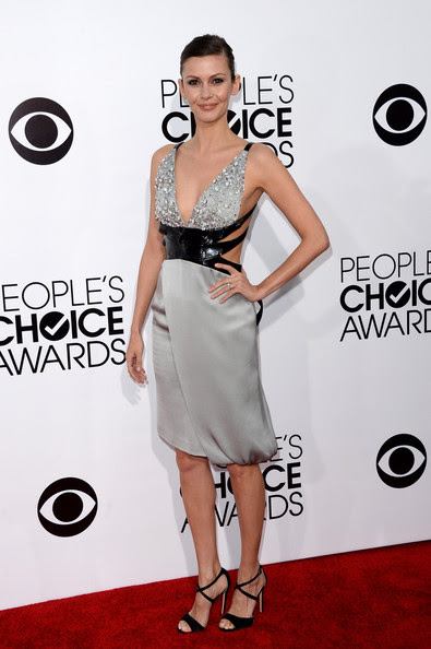 http://www2.pictures.stylebistro.com/gi/Arrivals+People+Choice+Awards+Part+2+byRbS5GS799l.jpg
