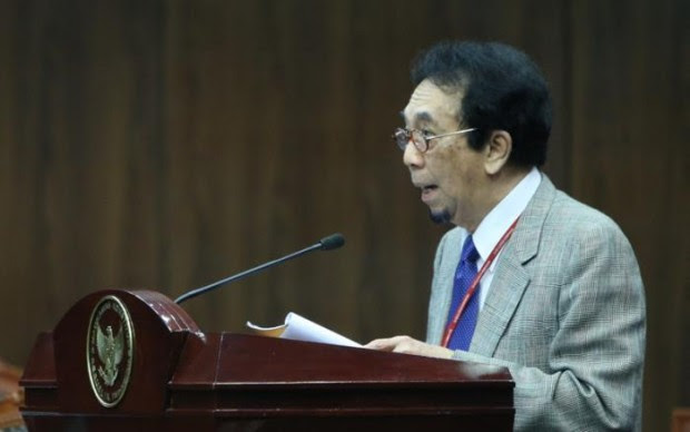 Berita Islam ! Guru Besar UI: PKI tak Pernah Minta Maaf Telah Bunuh Ayah Saya... Bantu Share !