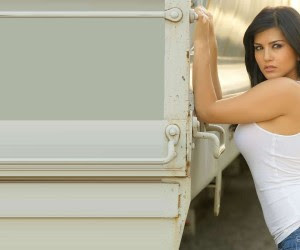 Sunny Leone Latest HD Wallpapers 12 300x250 Sunny Leone HD Wallpapers