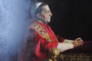 Pope Benedict XV Benedict XV, born Giacomo Paolo Giovanni Battista della Chiesa, reigned as Pope from 3 September 1914 to 22 January 1922. His pontificate was largely overshadowed by World War I and its political, social and humanitarian consequences in Europe.