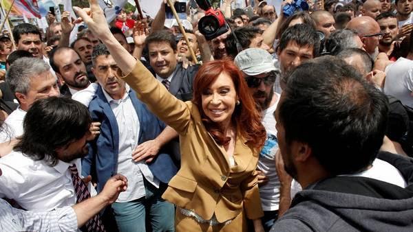Cristina Fernandez de Kirchner el lunes al declarar ante el juez Julian Ercolini en los Tribunales Federales de Comodoro Py. AP