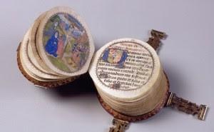 El libro circular en miniatura1