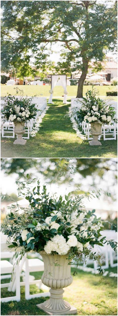 Best 25  White floral arrangements ideas on Pinterest