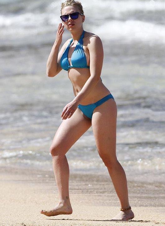 Scarlett_Johansson_la_chica_del_bikini_azul