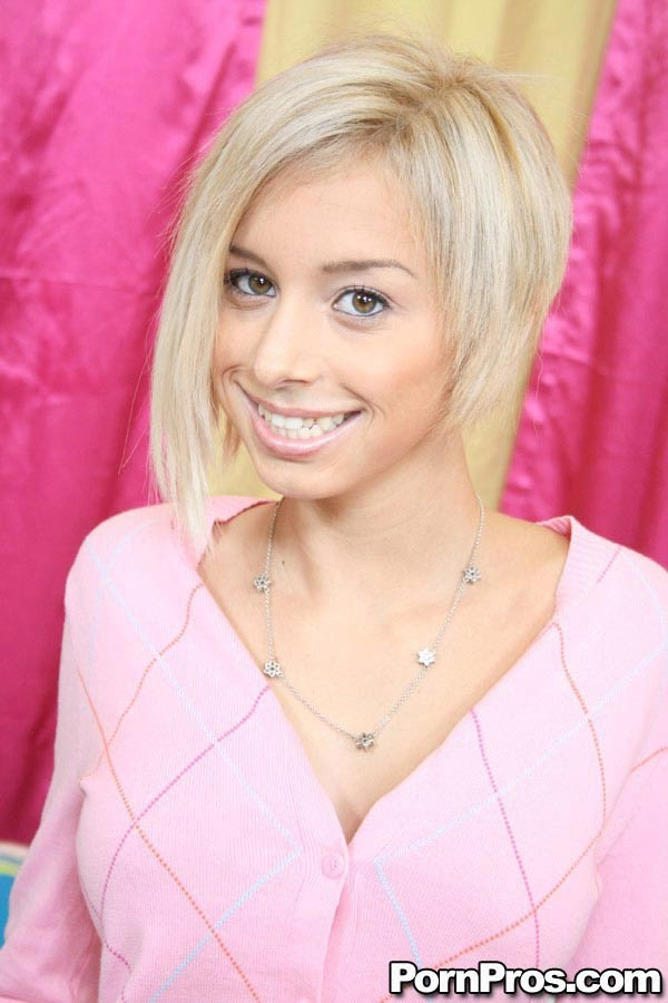 Hot Blonde Teen Blowjob Facial