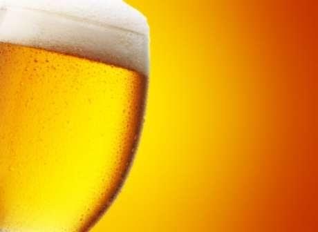 TESTE | Cerveja sem álcool passa mesmo no bafômetro?