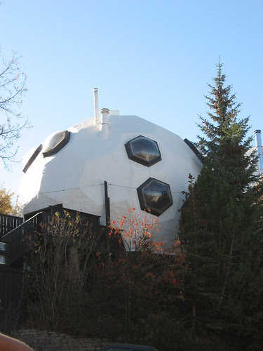 It's hip to be geodesic