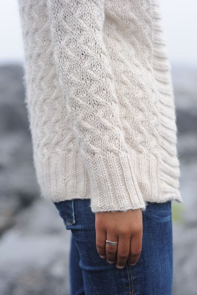 Casual outfit for fall and winter...a chunky white sweater and jeans.  |  Friday Favorites at www.andersonandgrant.com
