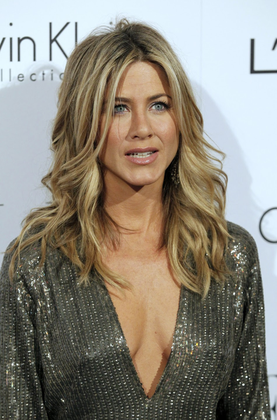 Jennifer Aniston Voted 'Hottest Woman of All Time,' Beats ...