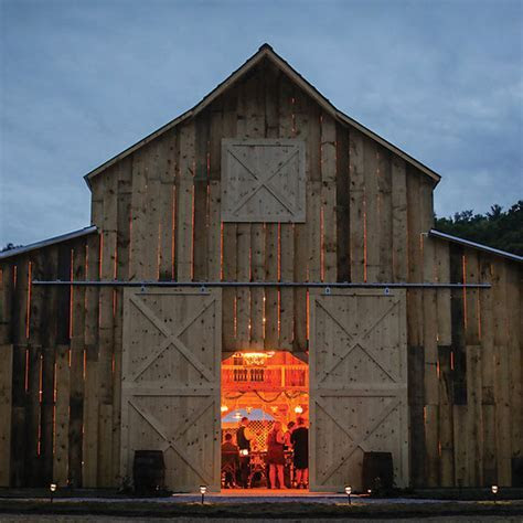 Picturesque Barn Wedding Venue   The Barn at Lord Howe Valley