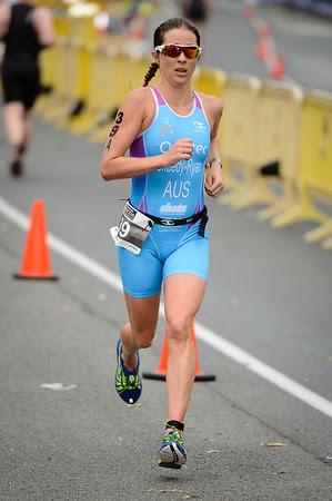 Felicity Sheedy Ryan - Run Leg - 2014 Noosa Triathlon, Noosa Heads, Sunshine Coast, Queensland, Australia; 2 November. Camera 1. Photos by Des Thureson - disci.smugmug.com