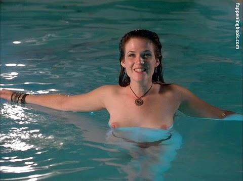 Renee Humphrey Nude images (#Hot 2020)