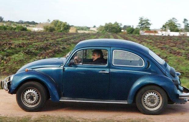 José Mujica, presidente do Uruguai, com seu fusca 87 (Foto: Reprodução)