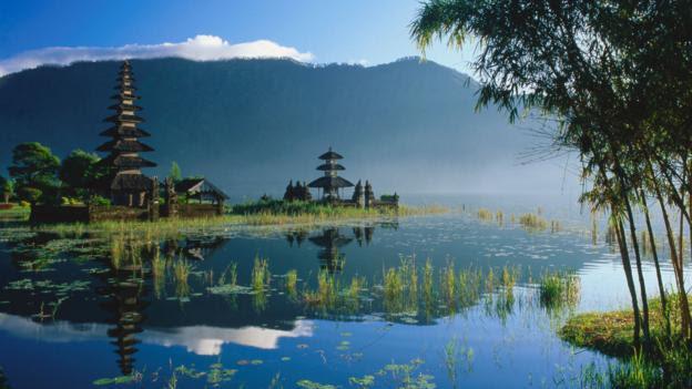 Travel Guide yesteryear Dr Prem Dr Prem Travel Blog Travel amp; Adventures: Jakarta. H5N1 voyage to Jakarta, Indonesia, Asia.