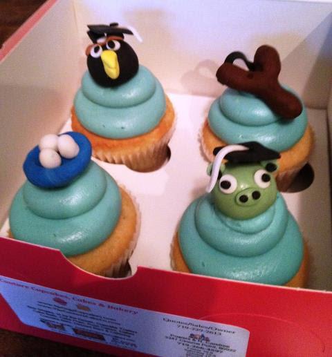 CupCakes Cookies Cakes: 5 Graduation Cupcakes To Celebrate