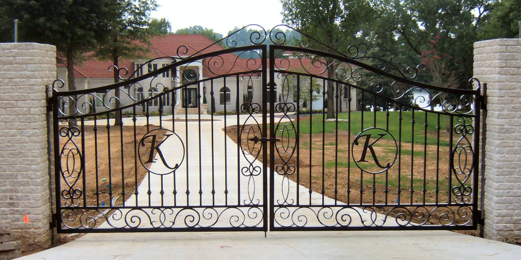 Iron Gate Designs for Homes - HomesFeed