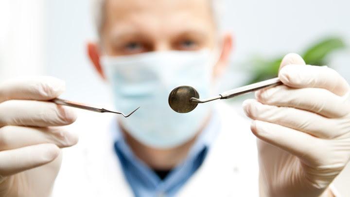 Έρχεται τροπολογία για οδοντιάτρους και φυσικοθεραπευτές -Τι αλλάζει