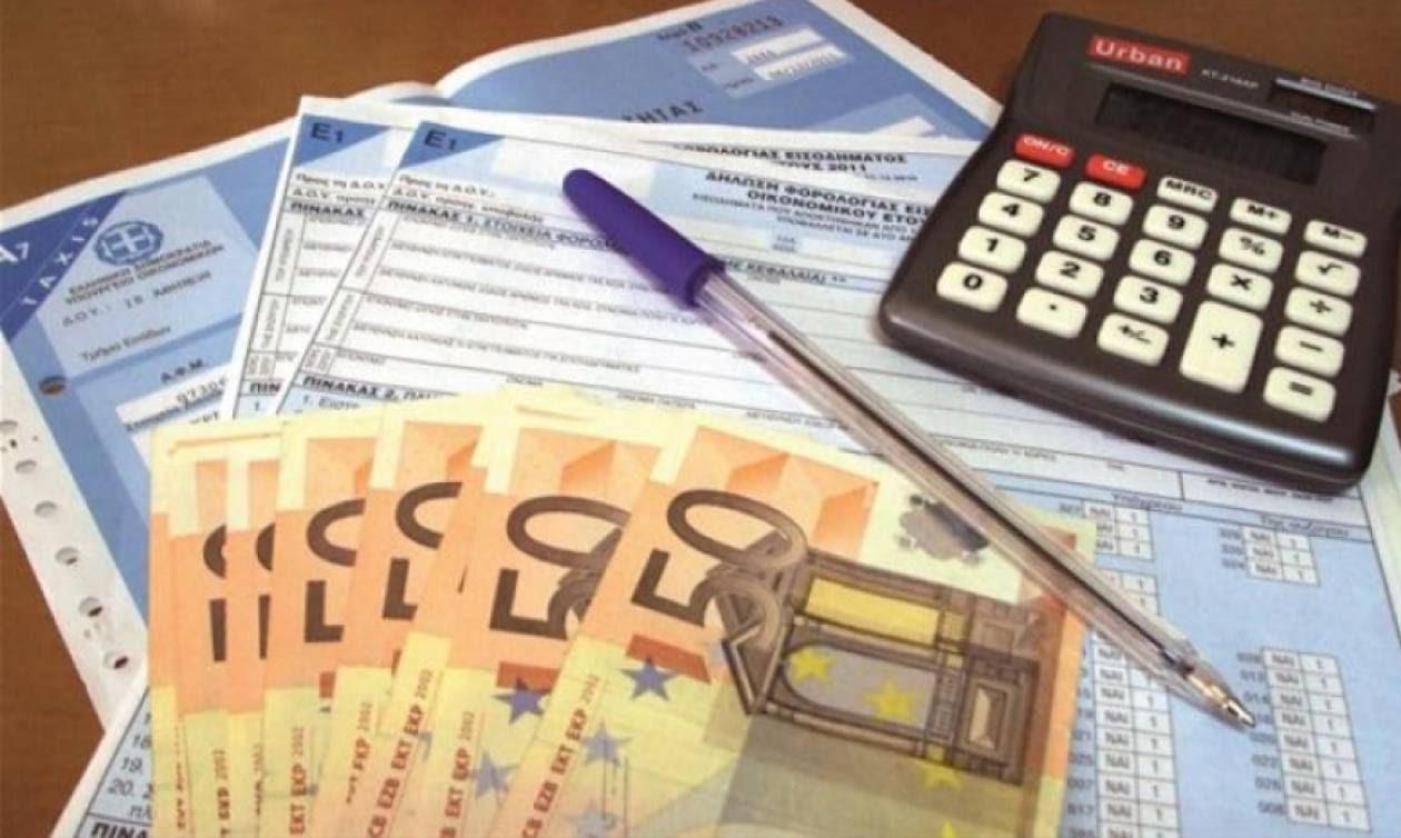 Φόροι: Αγρότες, ελεύθεροι επαγγελματίες και ιδιοκτήτες ακινήτων θα πληρώσουν το... μάρμαρο