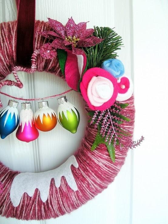 54 Colorful Christmas Inspiring Decor Ideas - 47 - Pelfind