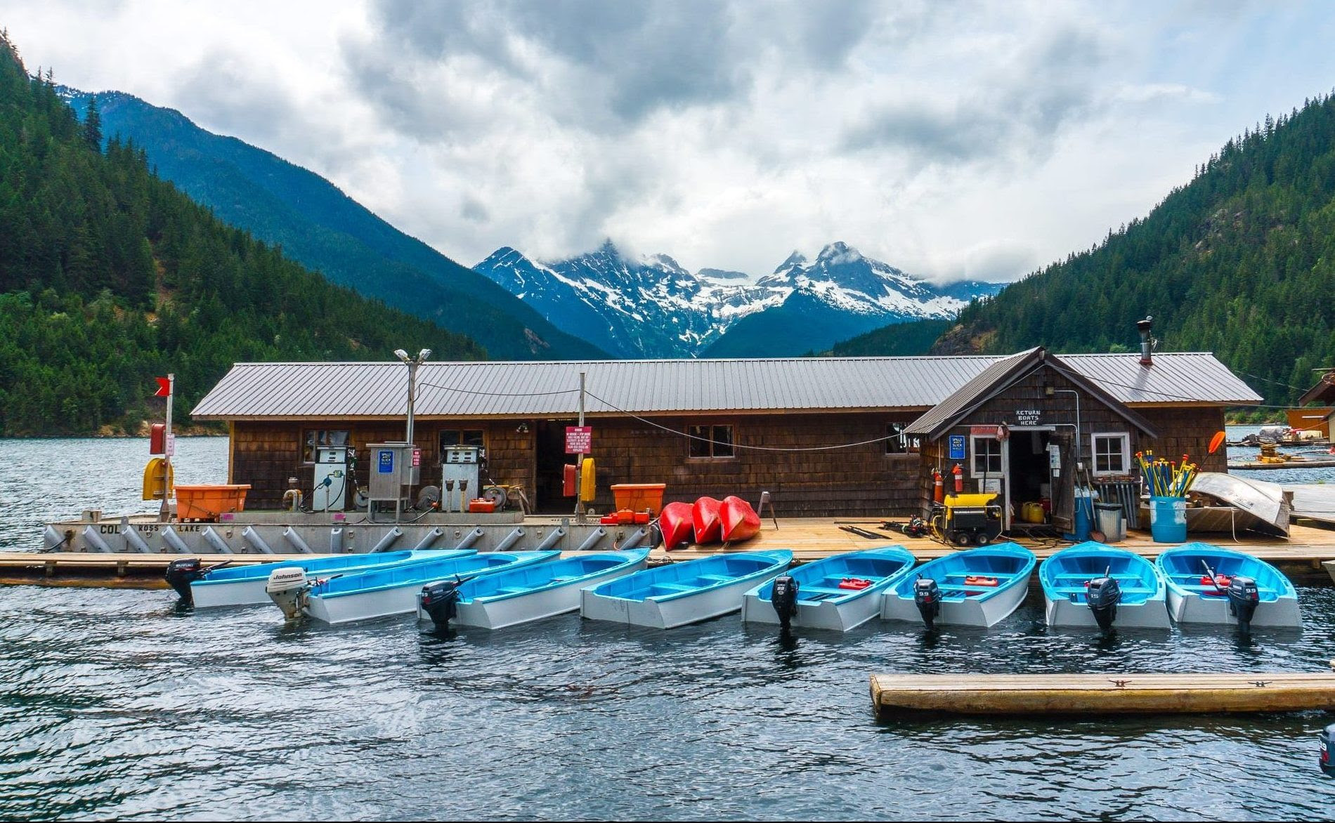 Ross Lake Resort Floating Lakefront Paradise  Fun Life