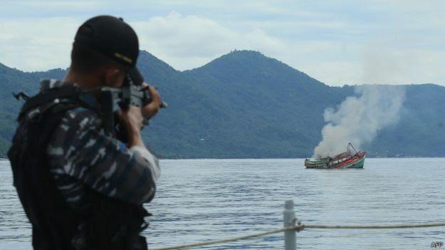 http://ichef.bbci.co.uk/news/ws/625/amz/worldservice/live/assets/images/2014/12/05/141205125759_kapal_vietnam2_640x360_afp.jpg