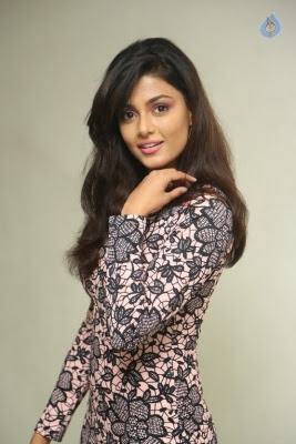 Anisha Ambrose Latest Stills - 15 of 21