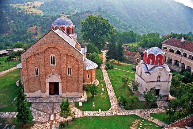 Αποτέλεσμα εικόνας για краљ Милутин је саградио малу цркву посвећену светим Јоакиму и Ани.