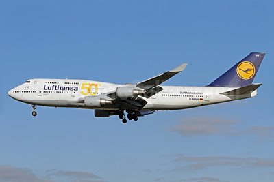 Lufthansa Boeing 747-430 D-ABVH (msn 25045) (50 Years-Innovation Boeing and Lufthansa) FRA  (Pascal Simon). Image: 912922.