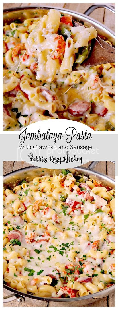 Jambalaya Pasta with Crawfish and Sausage gives you all of the authentic flavors of your New Orlean's fave, all wrapped in a cheesy pasta dish from www.bobbiskozykitchen.com