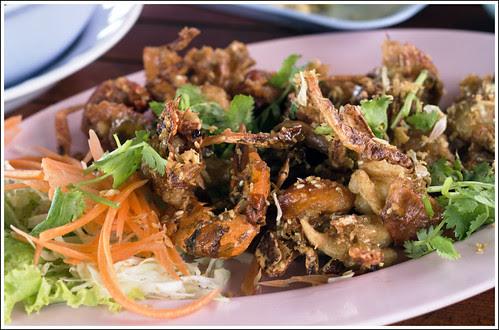 Poo Nim (soft shell crab)