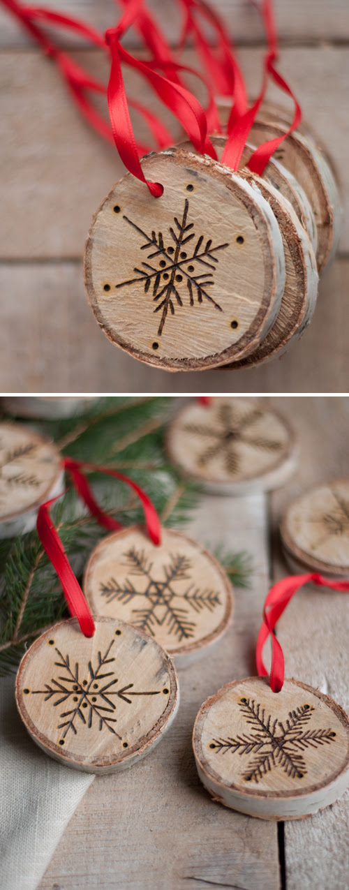 Burnt Birch Wood Christmas Ornaments from Design Mom | Friday Christmas Favorites at www.andersonandgrant.com