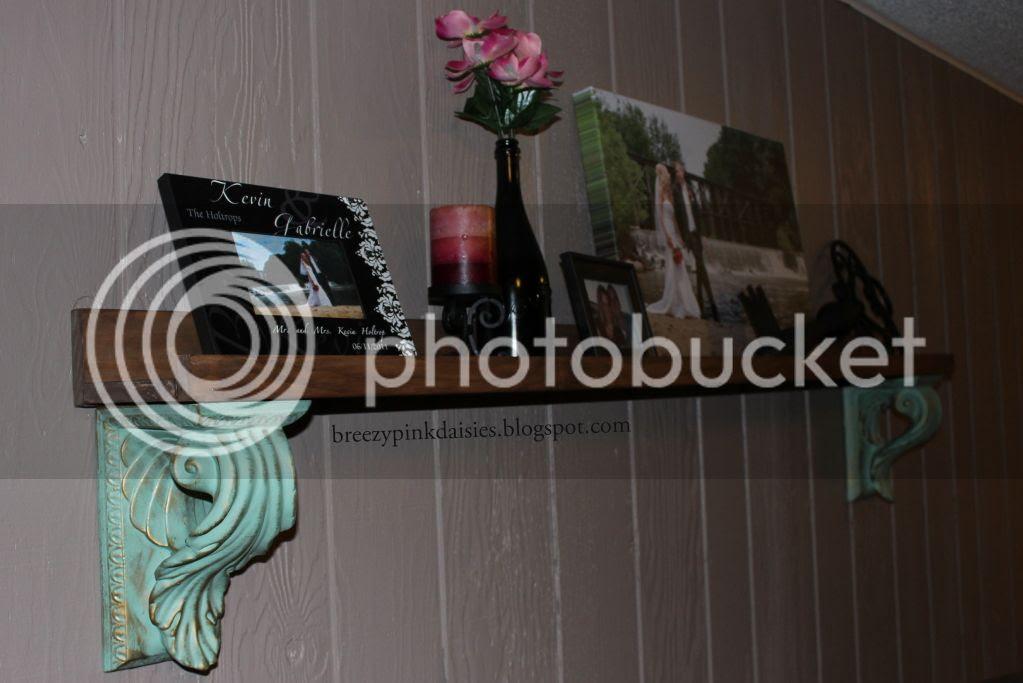 DIY shelf - using plans from Shanty-2-Chic / Ana White