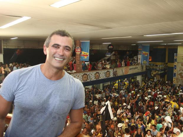 Para Paulo Barros, título se deve ao trabalho de um ano de um equipe. (Foto: Rodrigo Gorosito/ G1)