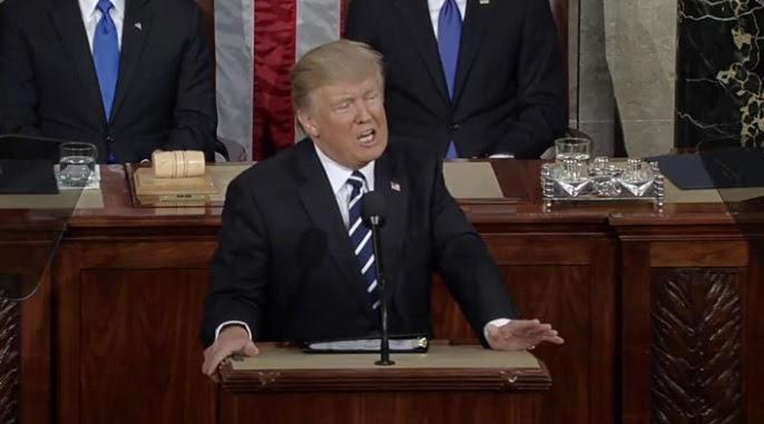 Discurso de Donald Trump satisface a republicanos y calla a los demócratas