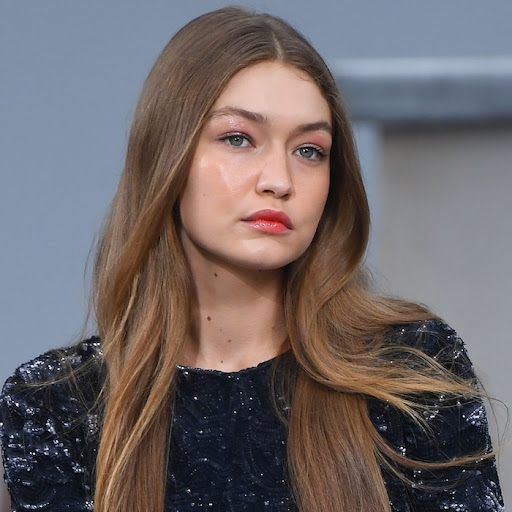 Avatar of Gigi Hadid Calls on Models to Speak Up About Injustice and Vows to Use Her ''Privilege'' for Good