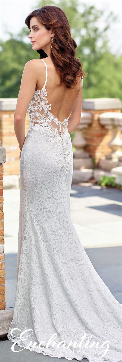 25  best ideas about Fitted Wedding Gown on Pinterest